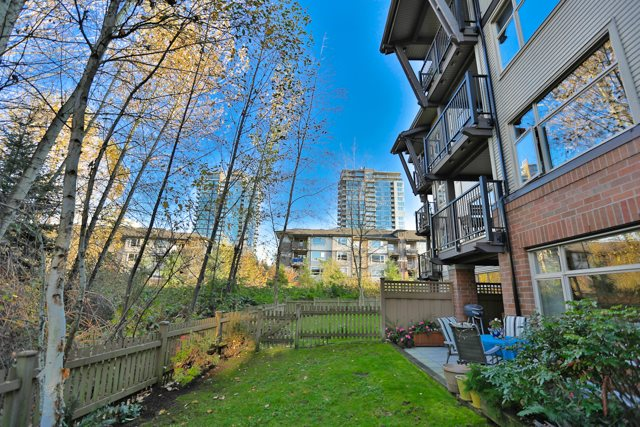 "Main Photo: 102 400 KLAHANIE Drive in Port Moody: Port Moody Centre Condo for sale in ""TIDES"" : MLS® # R2013966"