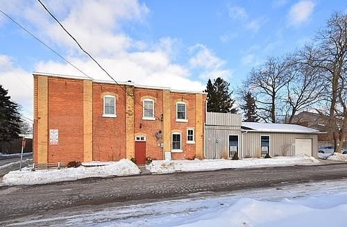 Main Photo: 1459 W Queen Street in Caledon: Alton House (2-Storey) for sale : MLS® # W3697077