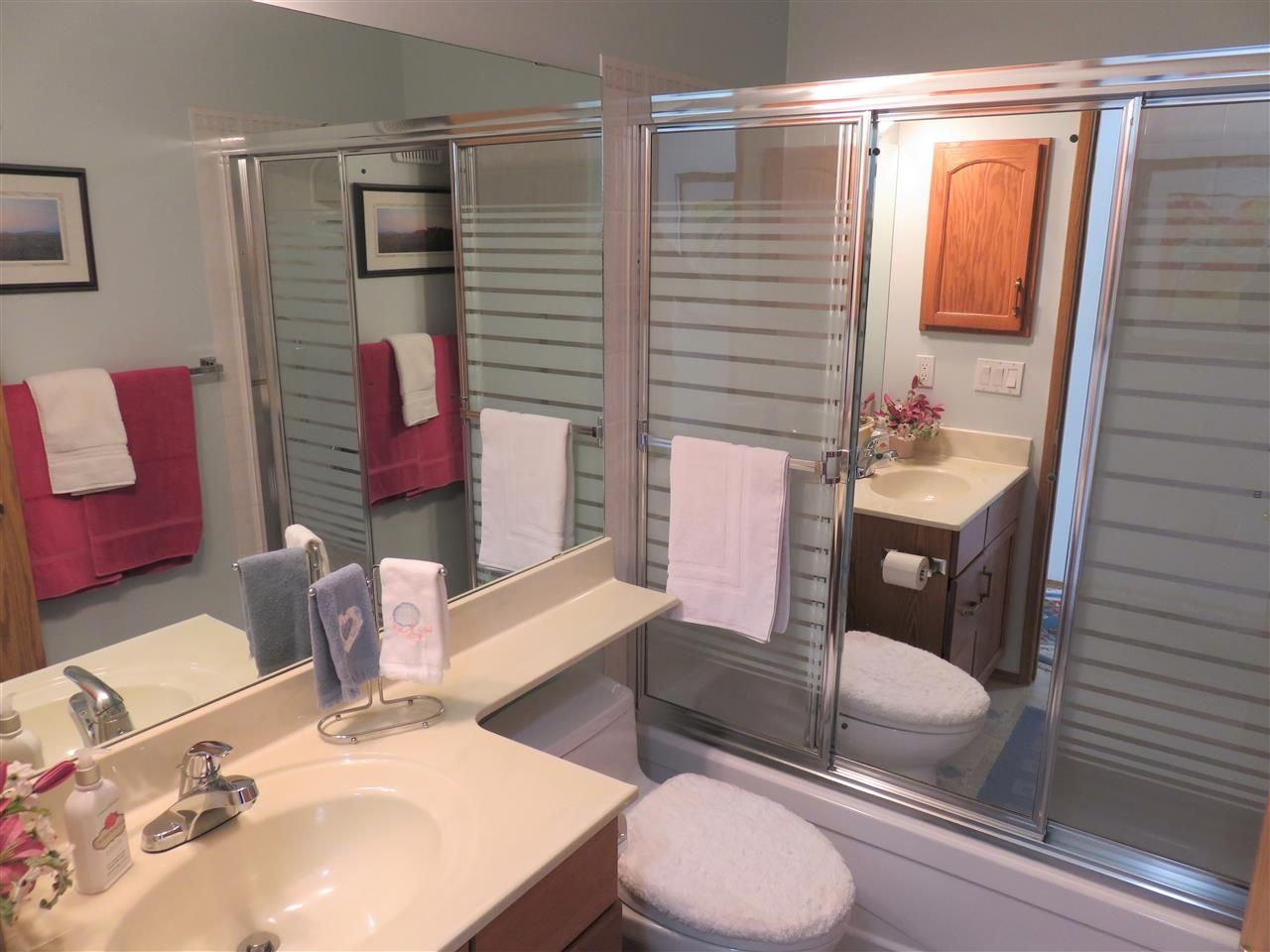 Here is the super clean main 4pc Bathroom located right next to the 2nd Bedroom! :)