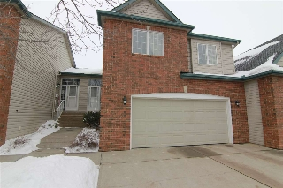 Main Photo: 41 57B Erin Ridge Drive: St. Albert Townhouse for sale : MLS(r) # E4054803