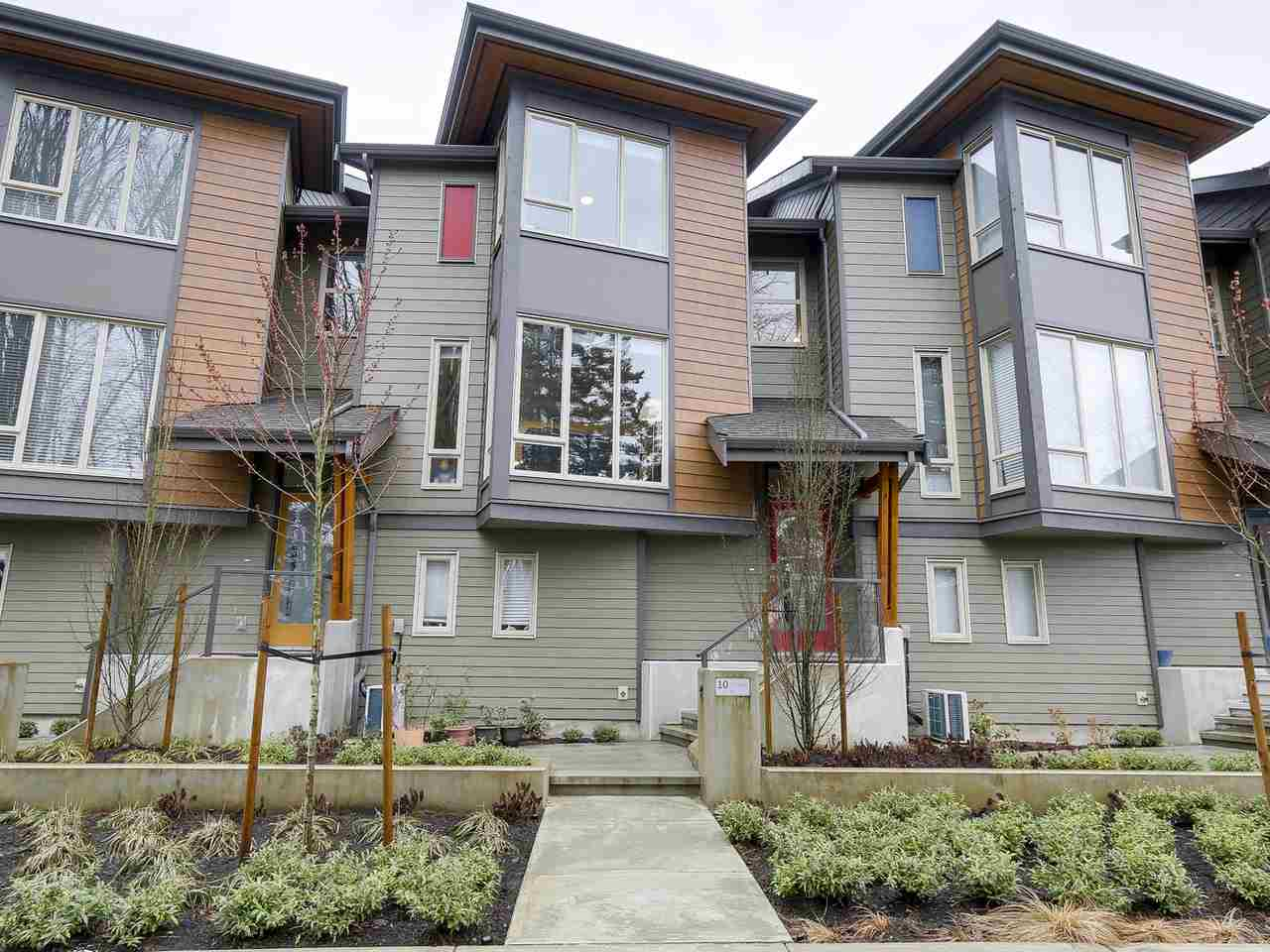 "Main Photo: 10 757 ORWELL Street in North Vancouver: Lynnmour Townhouse for sale in ""LEGACY AT NATURES EDGE"" : MLS(r) # R2152160"
