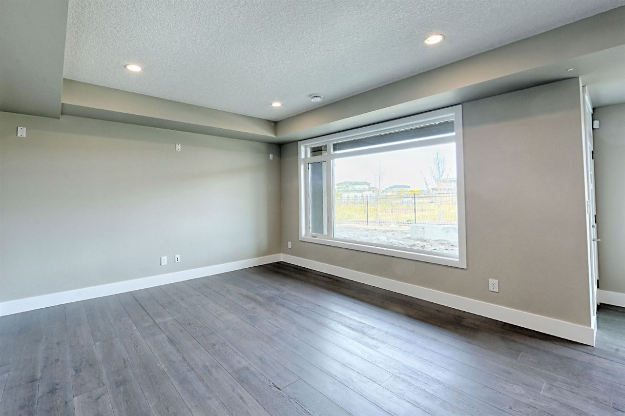 Photo 26: 929 WOOD Place in Edmonton: Zone 56 House for sale : MLS(r) # E4058474