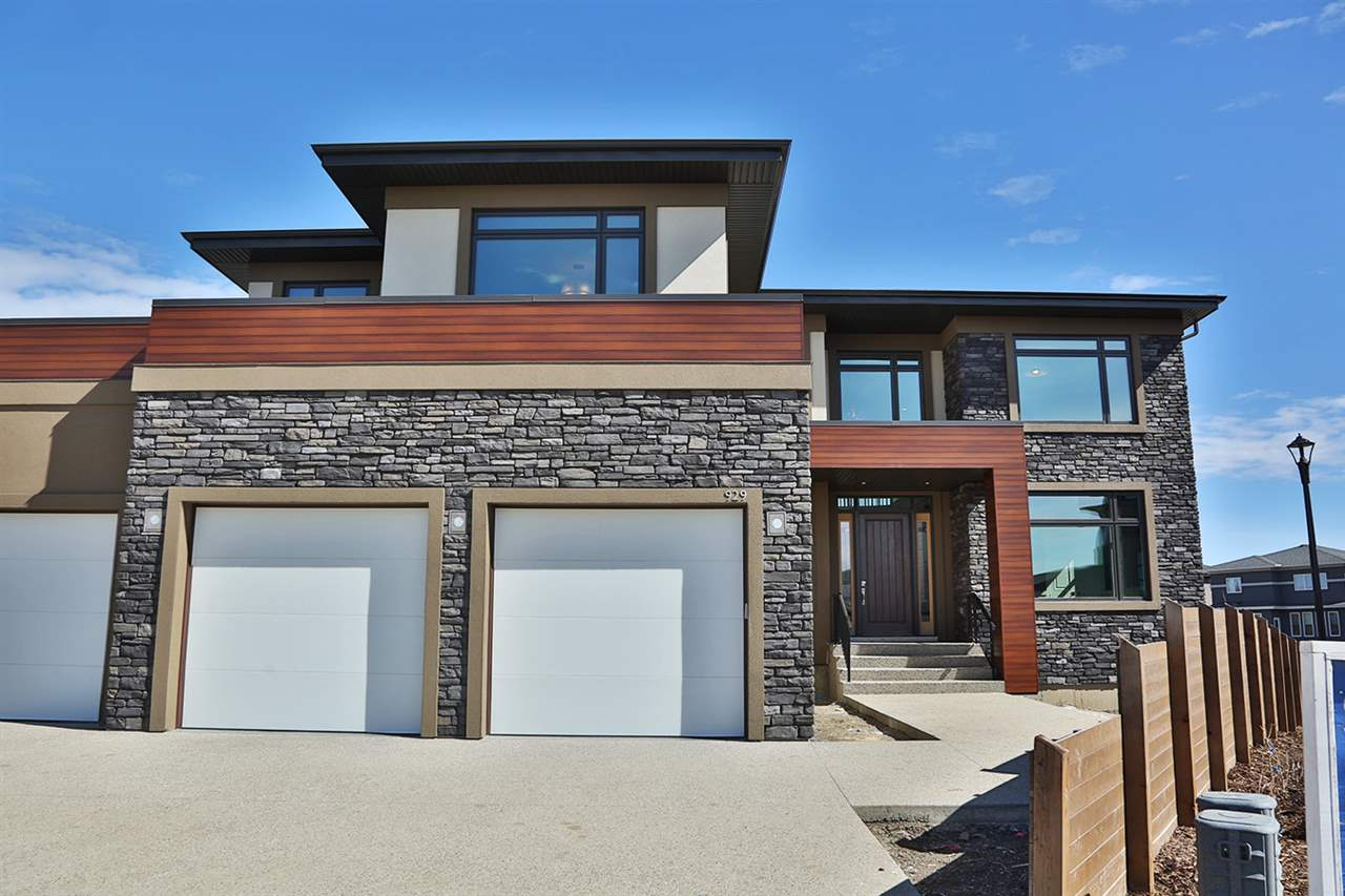 Main Photo: 929 WOOD Place in Edmonton: Zone 56 House for sale : MLS(r) # E4058474