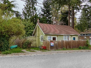 Main Photo: 1058 ROBERTS CREEK Road in Gibsons: Roberts Creek House for sale (Sunshine Coast)  : MLS(r) # R2155954