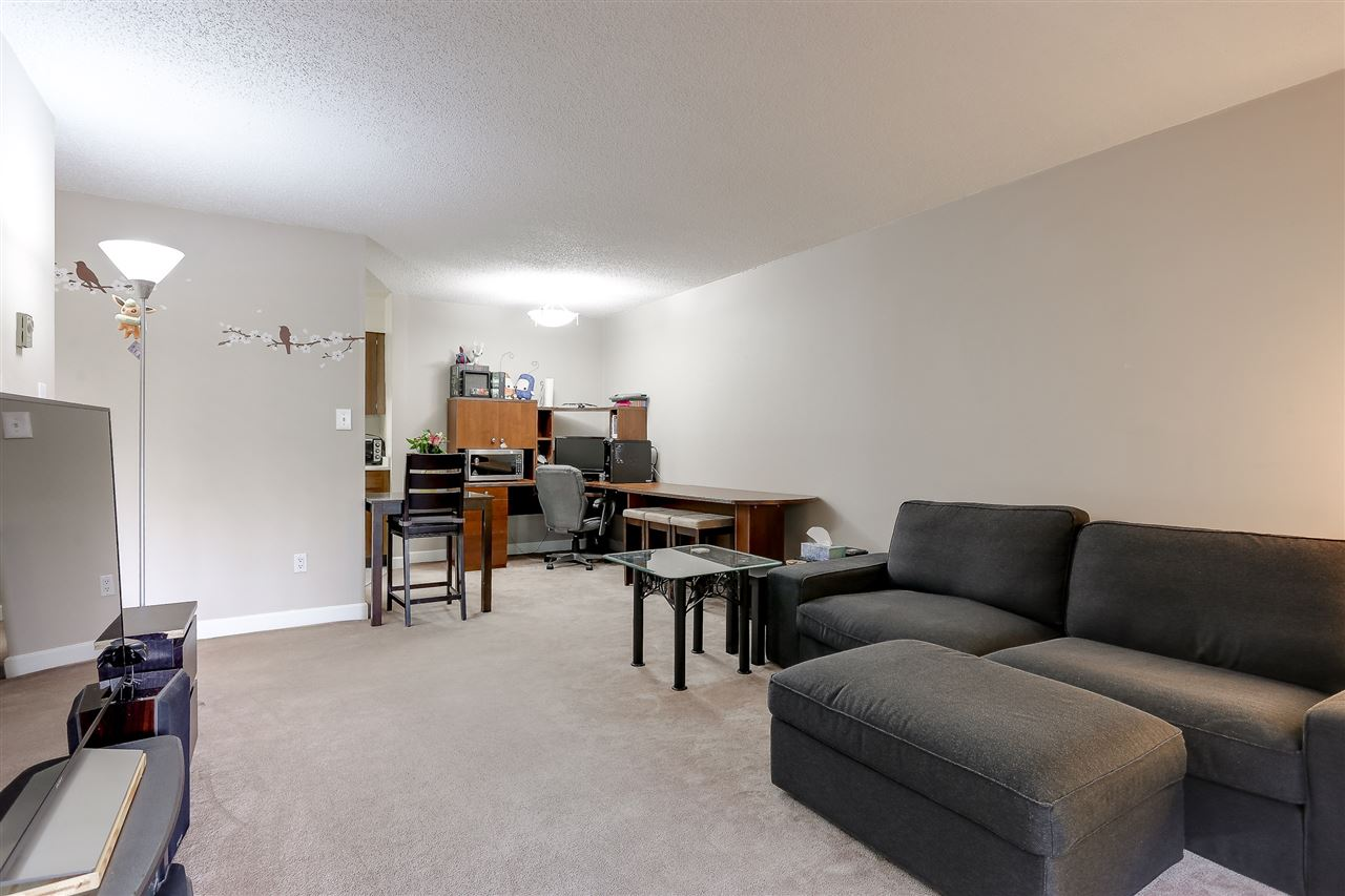Photo 6: 216 9857 MANCHESTER Drive in Burnaby: Cariboo Condo for sale (Burnaby North)  : MLS® # R2161229