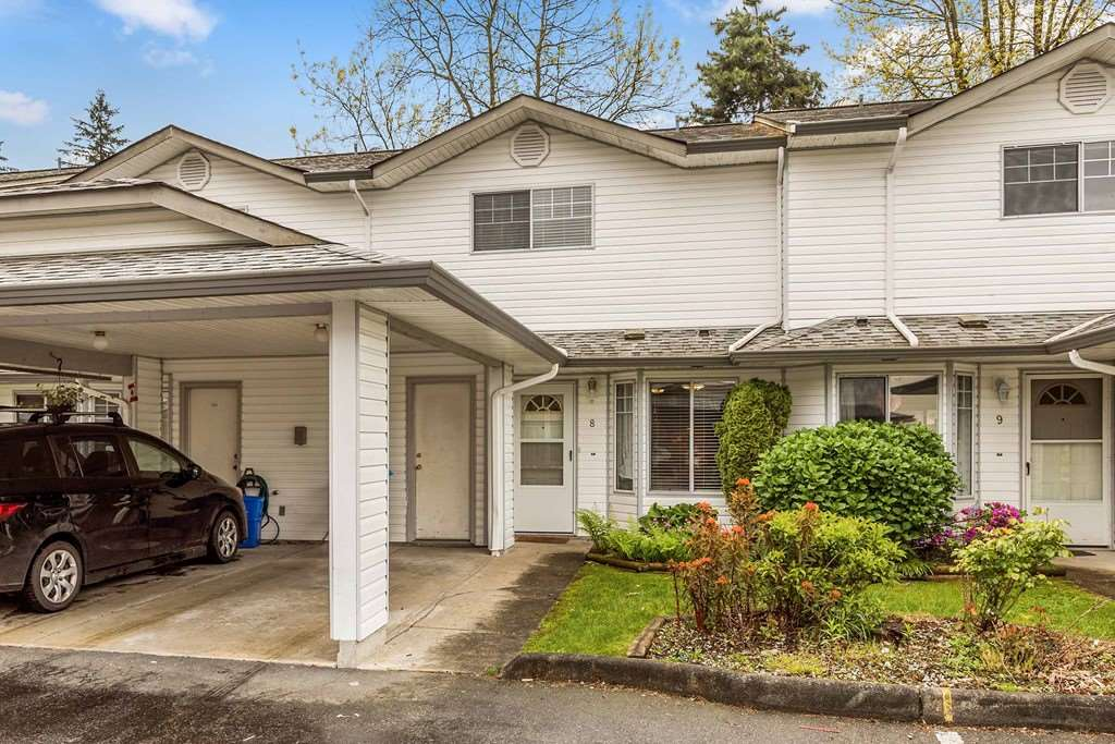 "Main Photo: 8 11757 207 Street in Maple Ridge: Southwest Maple Ridge Townhouse for sale in ""HIDDEN CREEK ESTATES"" : MLS(r) # R2167392"