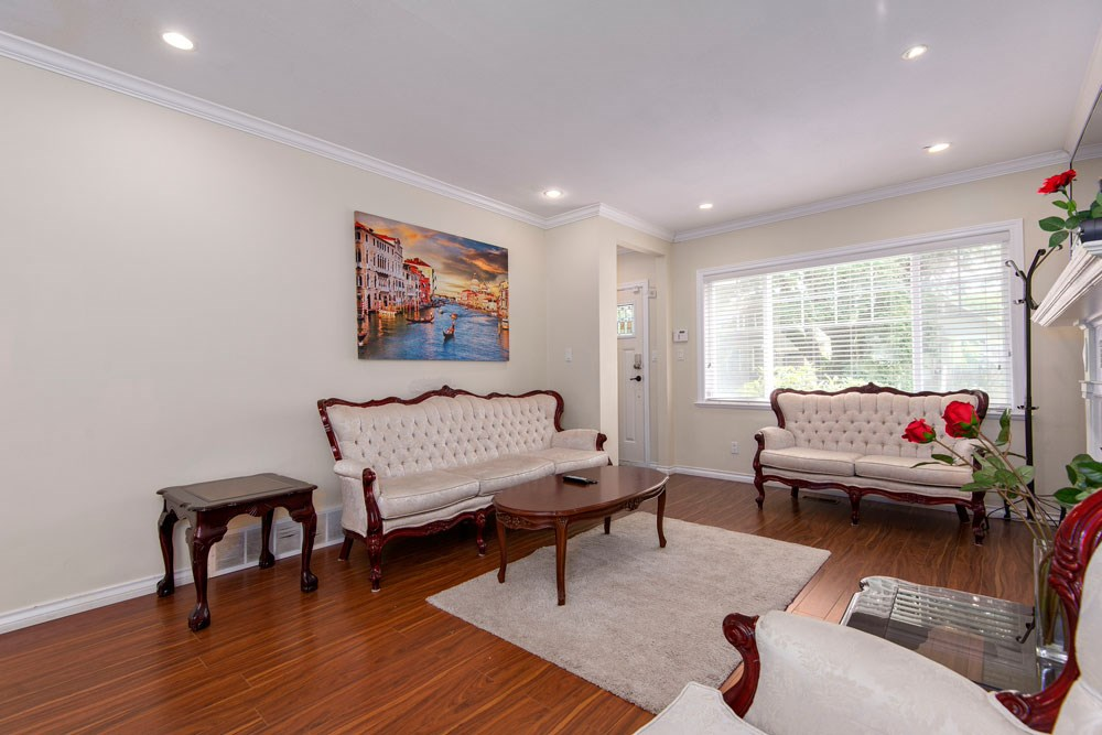 Photo 3: 3611 W 11TH Avenue in Vancouver: Kitsilano House for sale (Vancouver West)  : MLS(r) # R2179010