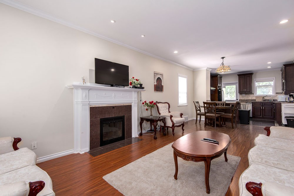 Photo 2: 3611 W 11TH Avenue in Vancouver: Kitsilano House for sale (Vancouver West)  : MLS(r) # R2179010