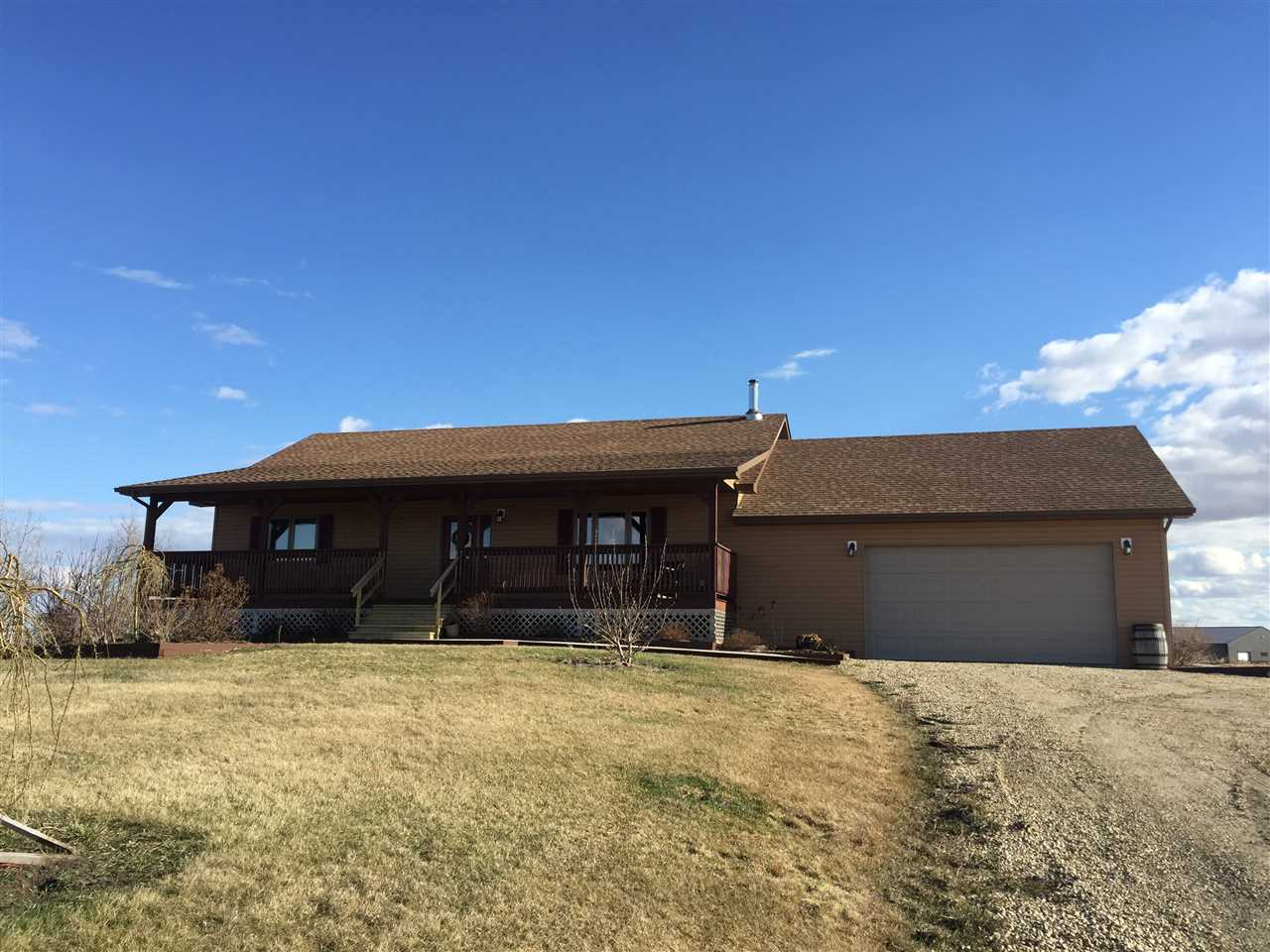 Main Photo: 224005 TWP 470: Rural Wetaskiwin County House for sale : MLS® # E4076826