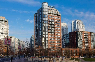 "Main Photo: 2D 199 DRAKE Street in Vancouver: Yaletown Condo for sale in ""Concordia I"" (Vancouver West)  : MLS® # R2197922"