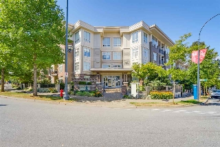 "Main Photo: 316 13555 GATEWAY Drive in Surrey: Whalley Condo for sale in ""Evo"" (North Surrey)  : MLS® # R2204742"