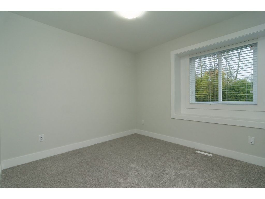 Photo 16: Photos: 6989 206 Street in Langley: Willoughby Heights House for sale : MLS®# R2212027