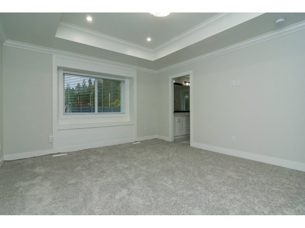 Photo 14: Photos: 6989 206 Street in Langley: Willoughby Heights House for sale : MLS®# R2212027