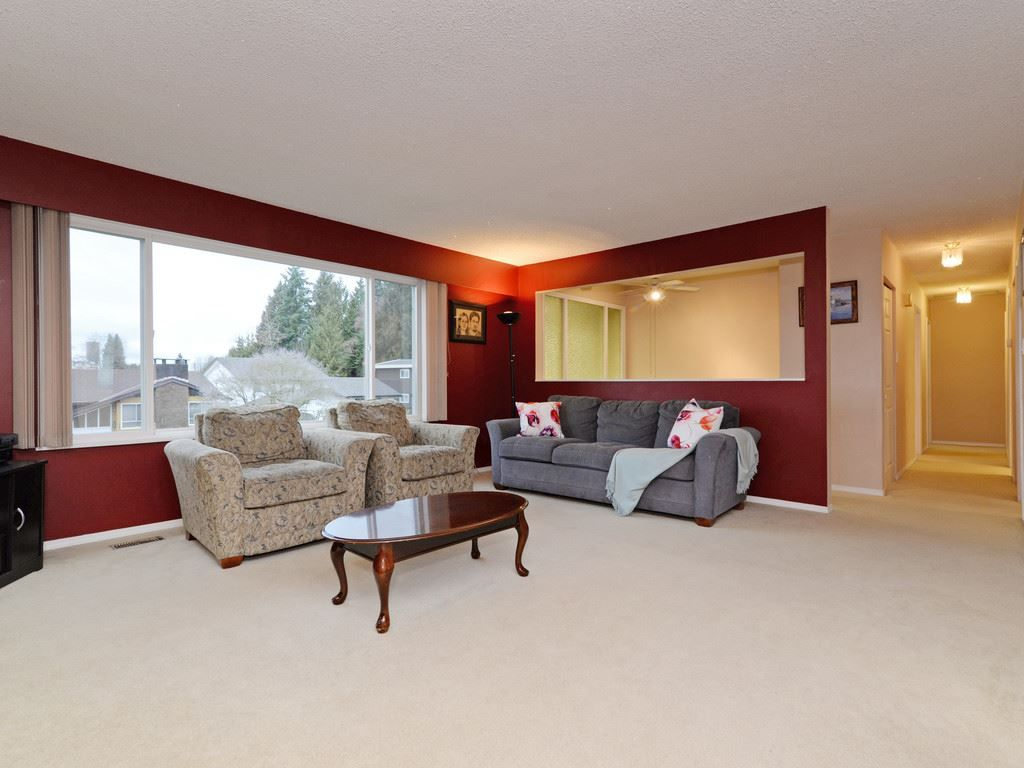 Main Photo: 2260 JORDAN Drive in Burnaby: Parkcrest House for sale (Burnaby North)  : MLS®# R2245529