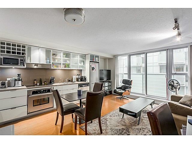 "Photo 3: 515 168 POWELL Street in Vancouver: Downtown VE Condo for sale in ""THE SMART"" (Vancouver East)  : MLS® # V1105098"