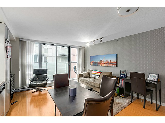 "Photo 4: 515 168 POWELL Street in Vancouver: Downtown VE Condo for sale in ""THE SMART"" (Vancouver East)  : MLS® # V1105098"