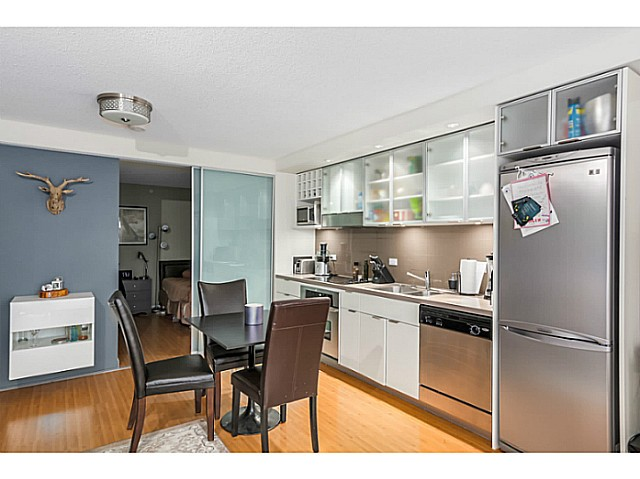 "Photo 5: 515 168 POWELL Street in Vancouver: Downtown VE Condo for sale in ""THE SMART"" (Vancouver East)  : MLS® # V1105098"