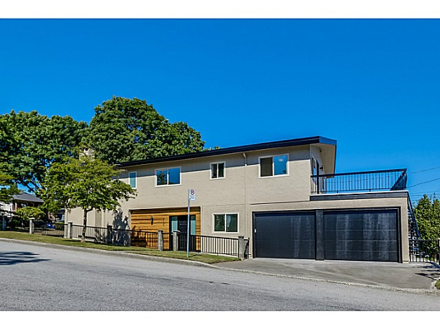 Main Photo: 2624 KASLO Street in Vancouver: Renfrew VE House for sale (Vancouver East)  : MLS® # V1132958