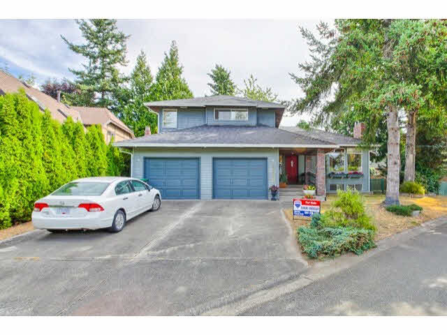 Main Photo: 1650 SUMMERHILL Court in Surrey: Crescent Bch Ocean Pk. House for sale (South Surrey White Rock)  : MLS(r) # F1450593