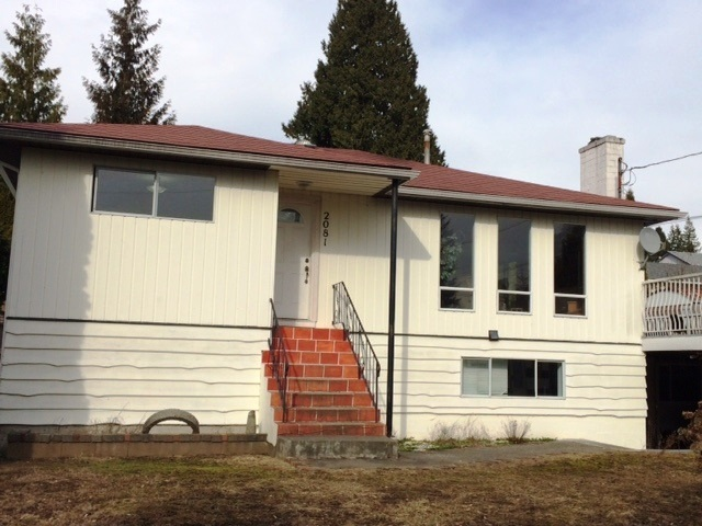 Main Photo: 2081 LORRAINE Avenue in Coquitlam: Central Coquitlam House for sale : MLS® # R2038750