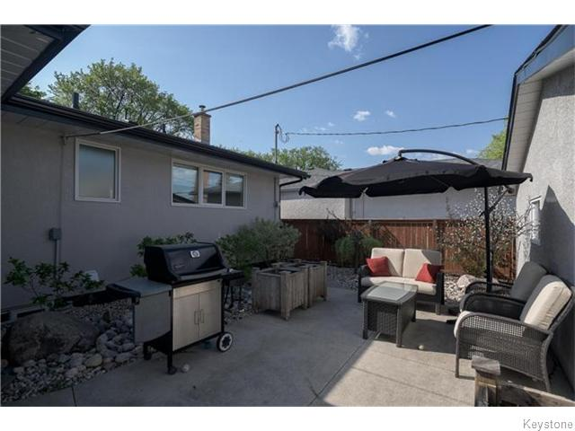 Photo 18: 760 Campbell Street in Winnipeg: River Heights / Tuxedo / Linden Woods Residential for sale (South Winnipeg)  : MLS® # 1613456