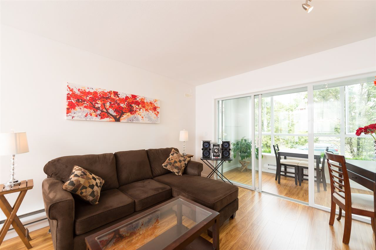 "Photo 5: 214 155 E 3RD Street in North Vancouver: Lower Lonsdale Condo for sale in ""The Solano"" : MLS® # R2077996"