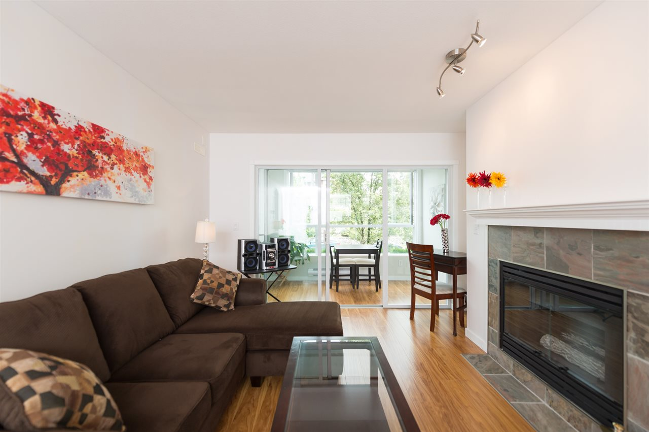 "Photo 4: 214 155 E 3RD Street in North Vancouver: Lower Lonsdale Condo for sale in ""The Solano"" : MLS® # R2077996"