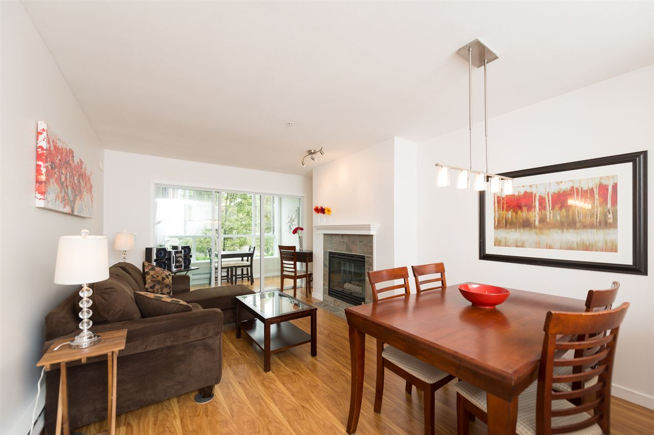 "Photo 6: 214 155 E 3RD Street in North Vancouver: Lower Lonsdale Condo for sale in ""The Solano"" : MLS(r) # R2077996"