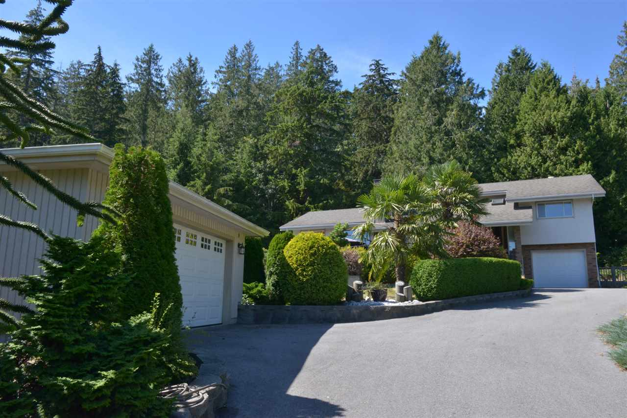 Photo 17: Photos: 5473 WAKEFIELD Road in Sechelt: Sechelt District House for sale (Sunshine Coast)  : MLS® # R2103493