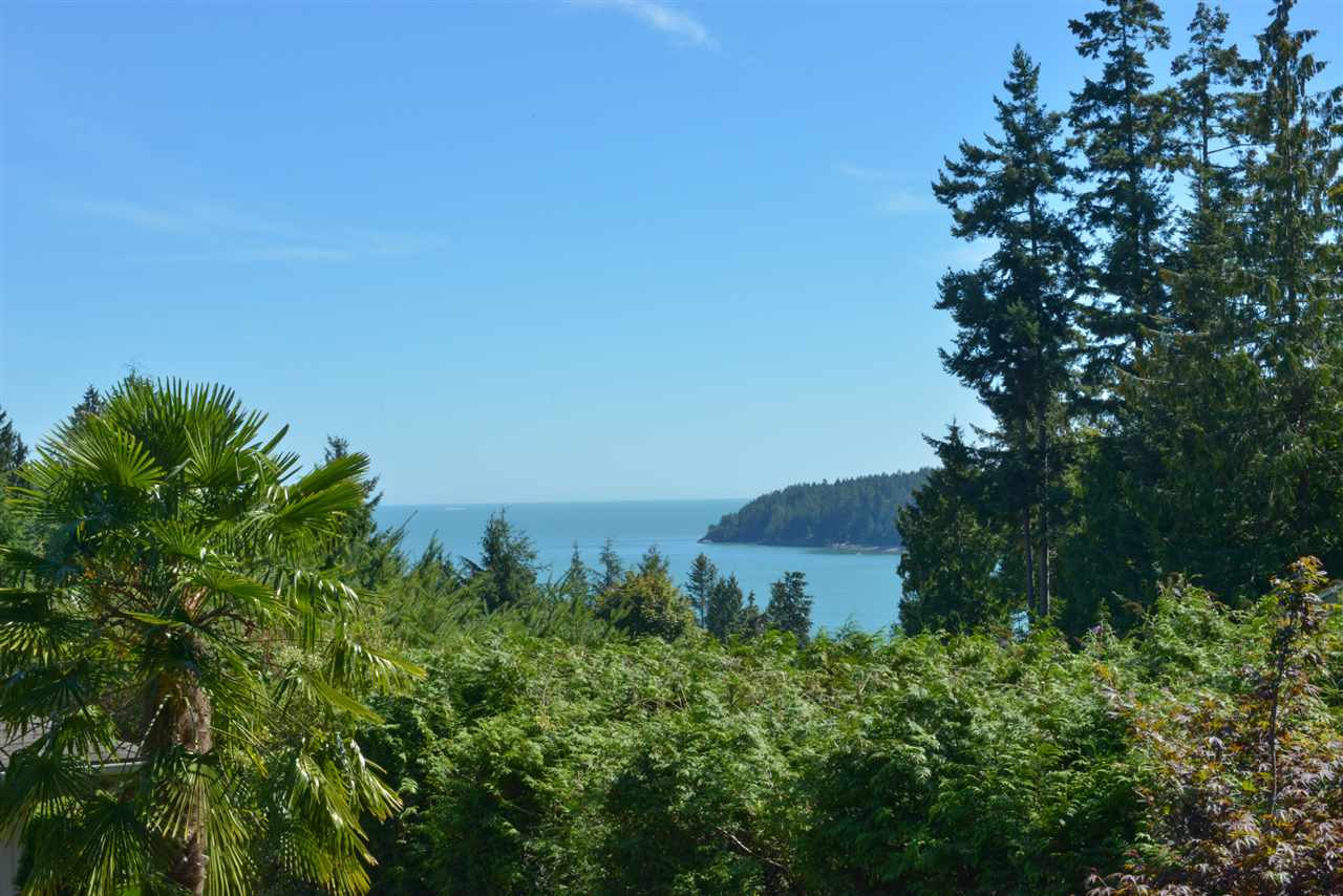 Photo 14: Photos: 5473 WAKEFIELD Road in Sechelt: Sechelt District House for sale (Sunshine Coast)  : MLS® # R2103493