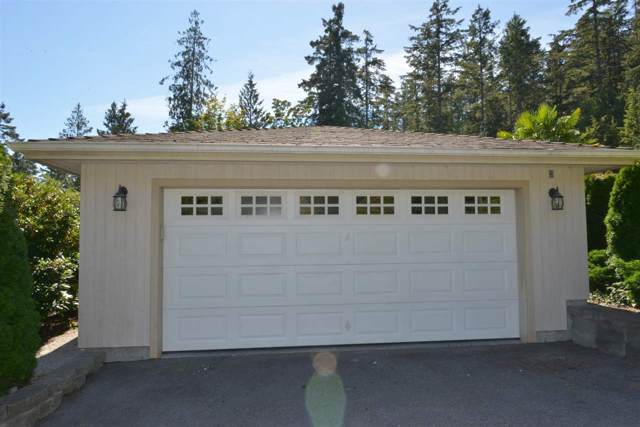 Photo 16: Photos: 5473 WAKEFIELD Road in Sechelt: Sechelt District House for sale (Sunshine Coast)  : MLS® # R2103493