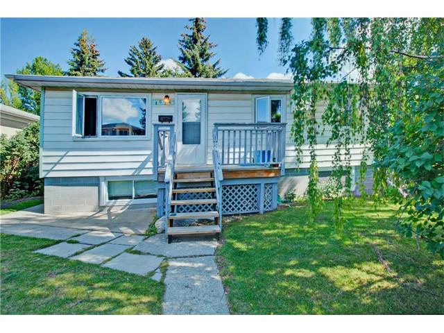 Main Photo: 4024 79 Street NW in Calgary: Bowness House for sale : MLS® # C4078751