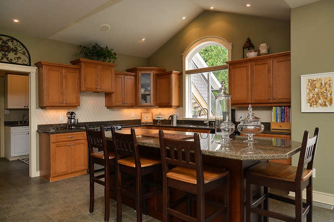 Photo 10: Photos: 6280 FAIRWAY Avenue in Sechelt: Sechelt District House for sale (Sunshine Coast)  : MLS®# R2112679