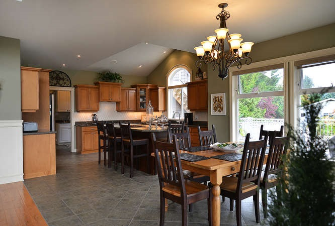 Photo 9: Photos: 6280 FAIRWAY Avenue in Sechelt: Sechelt District House for sale (Sunshine Coast)  : MLS®# R2112679