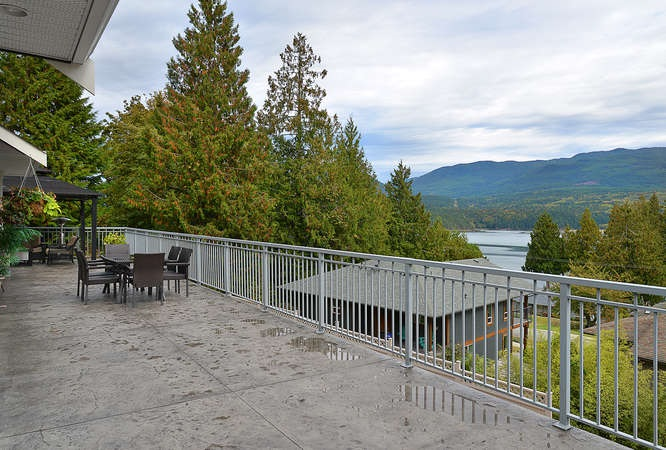 Photo 5: Photos: 6280 FAIRWAY Avenue in Sechelt: Sechelt District House for sale (Sunshine Coast)  : MLS®# R2112679