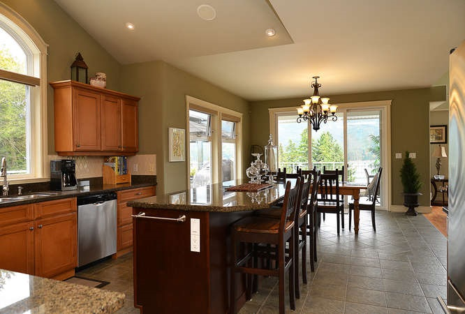 Photo 11: Photos: 6280 FAIRWAY Avenue in Sechelt: Sechelt District House for sale (Sunshine Coast)  : MLS®# R2112679