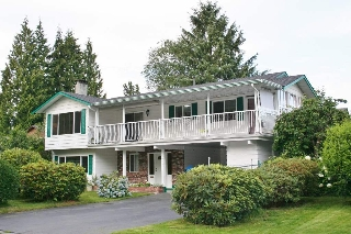 "Main Photo: 2824 ST. JAMES Street in Port Coquitlam: Glenwood PQ House for sale in ""Imperial Park"" : MLS(r) # R2116938"