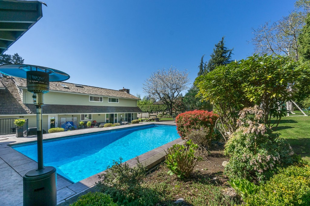Photo 48: 12807 SOUTHRIDGE Drive in Surrey: Panorama Ridge House for sale : MLS(r) # R2138165