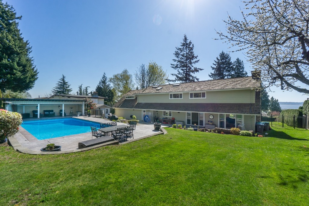 Photo 49: 12807 SOUTHRIDGE Drive in Surrey: Panorama Ridge House for sale : MLS(r) # R2138165
