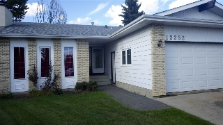 Main Photo: 12252 143 Avenue in Edmonton: Zone 27 House for sale : MLS(r) # E4053843