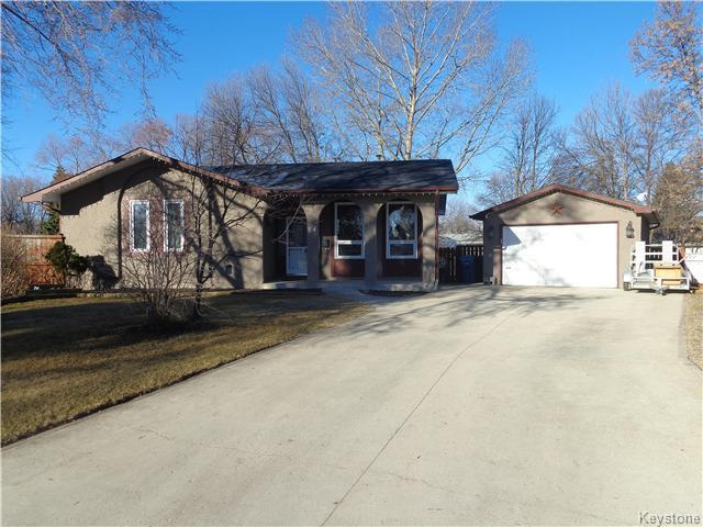 Main Photo: 14 Farnley Place in Winnipeg: Westdale Residential for sale (1H)  : MLS® # 1707616
