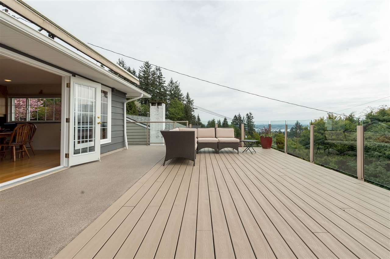 Photo 25: 380 VENTURA Crescent in North Vancouver: Upper Delbrook House for sale : MLS(r) # R2166163