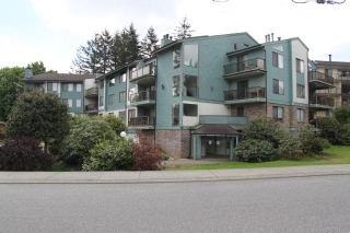 "Main Photo: 303 32124 TIMS Avenue in Abbotsford: Abbotsford West Condo for sale in ""Cedarbrook Manor"" : MLS(r) # R2168338"
