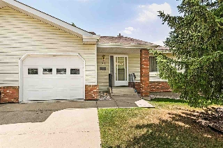 Main Photo:  in Edmonton: Zone 16 House Half Duplex for sale : MLS® # E4072626