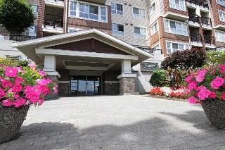 Main Photo: 414 19677 MEADOW GARDENS WAY in Pitt Meadows: North Meadows PI Condo for sale : MLS(r) # R2186653
