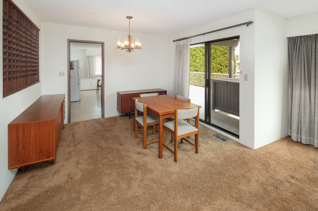 "Main Photo: 8660 WAGNER Drive in Richmond: Saunders House for sale in ""SAUNDERS"" : MLS® # R2194499"