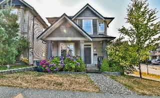 "Main Photo: 6199 150 Street in Surrey: Sullivan Station House for sale in ""Sullivan Station"" : MLS® # R2195277"