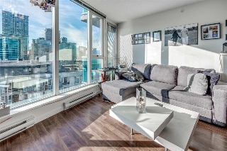"Main Photo: 2910 233 ROBSON Street in Vancouver: Downtown VW Condo for sale in ""TV Tower 2"" (Vancouver West)  : MLS® # R2199134"