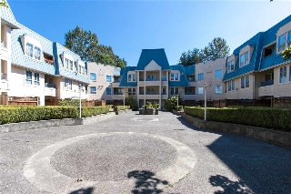 "Main Photo: 118 295 SCHOOLHOUSE Street in Coquitlam: Maillardville Condo for sale in ""Chateau Royale"" : MLS® # R2199224"