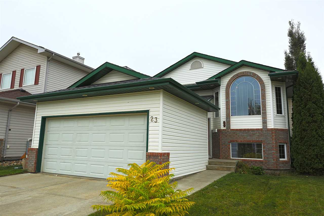 Main Photo: 23 OLMSTEAD Court: St. Albert House for sale : MLS® # E4081991